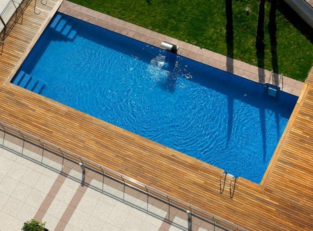 Swimming pool VINCCI FRONTAURA  Valladolid